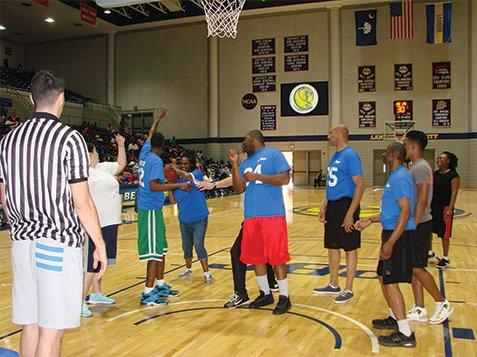 2017 Basketball Game - Taking Shot