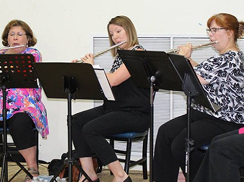 Southern Winds Flute Ensemble - Performance
